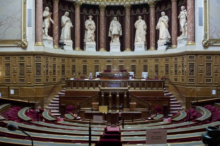 T3-Hemicycle_Senat_France.jpg