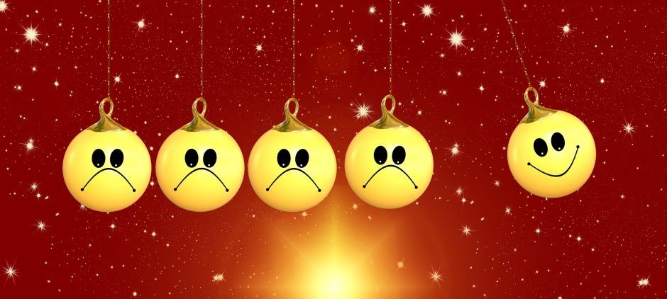 christmas-2411764_1920.jpg